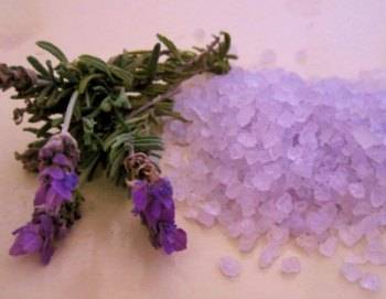 aromatherapy for depression, lavender bath salts