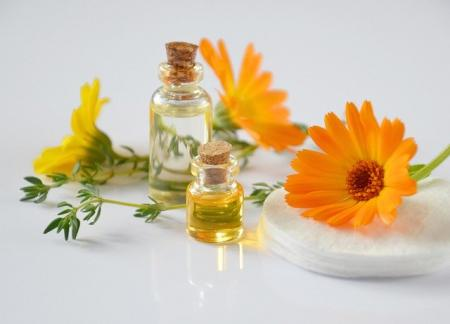 calendula flowers, essential oils, flower therapy, medicinal flowers